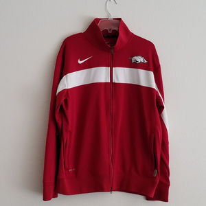 NIKE Authentic Gear